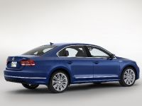 Volkswagen Passat Blue Motion Concept, 2 of 7