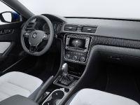 Volkswagen Passat Blue Motion Concept, 3 of 7