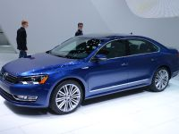 thumbnail image of Volkswagen Passat BlueMotion Detroit 2014