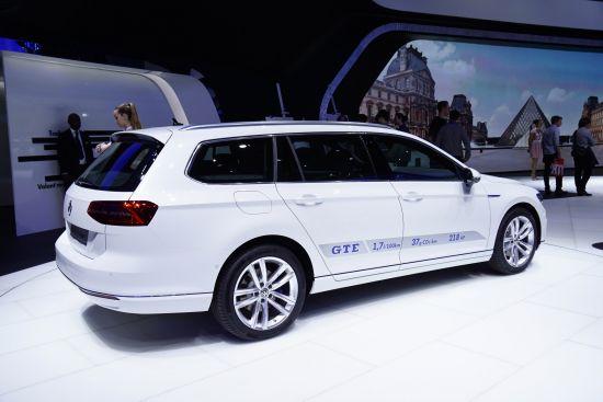 Volkswagen Passat GTE Paris