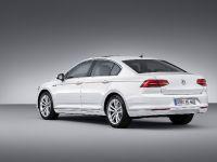 Volkswagen Passat GTE, 3 of 12