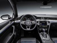 Volkswagen Passat GTE, 6 of 12