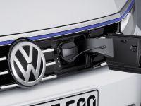 Volkswagen Passat GTE, 8 of 12