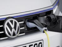Volkswagen Passat GTE, 10 of 12
