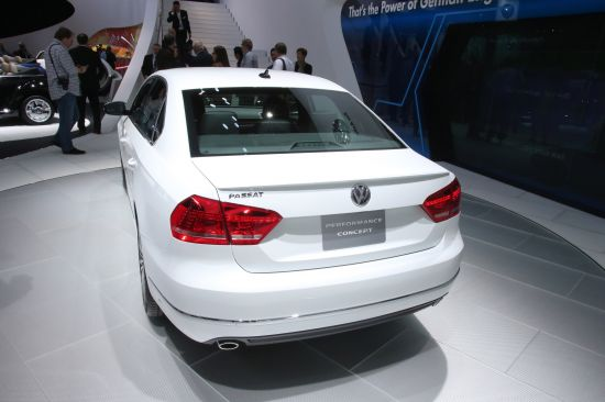 Volkswagen Passat Performance Concept Detroit
