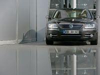 Volkswagen Phaeton 2009, 5 of 17