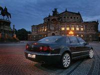 Volkswagen Phaeton 2009, 9 of 17
