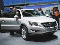 thumbnail image of Volkswagen Tiguan Frankfurt 2011