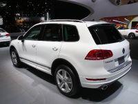thumbnail image of Volkswagen Touareg R-Line Detroit 2013
