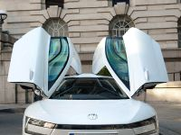 Volkswagen XL1 in London, 5 of 29
