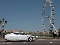 Volkswagen XL1 in London, 13 of 29