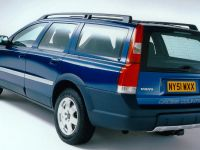 thumbnail image of Volvo V70XC Cross Country Ocean Race Edition 2001