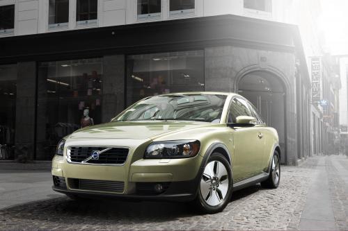 Новый Volvo C30, S40 и V50 1.6 D DRIVe - уровень выбросов CO2-115 и 118 г/км