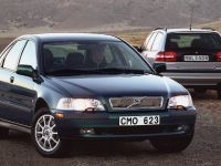 thumbnail image of Volvo S40 and V40 2000