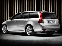Volvo S40 and V50, 1 of 8