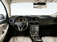 Volvo Sensus Connect , 3 of 3