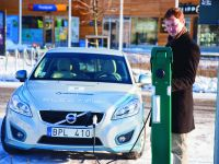Volvo Smart Charging Concept, 2 of 7