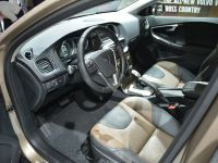 Volvo V40 Cross Country Paris 2012