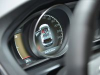 thumbnail image of Volvo V40 Cross Country Paris 2012
