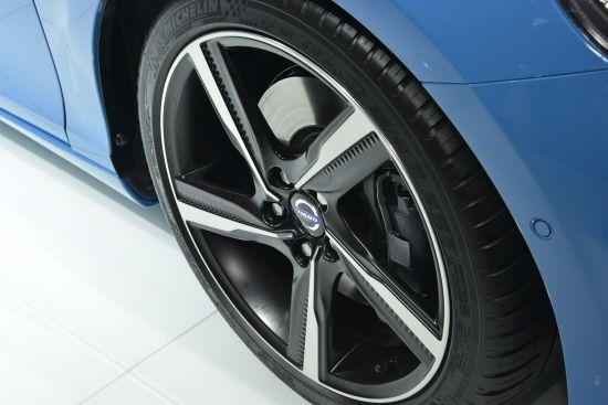 Volvo V40 R Design Paris