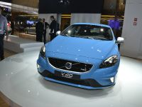 thumbnail image of Volvo V40 R Design Paris 2012