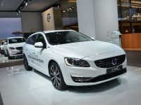 Volvo V60 Plug-In Hybrid Frankfurt 2013, 1 of 7