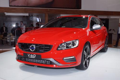 Volvo V60 R-Design в Нью-Йорке. Фотографии.
