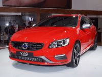 thumbnail image of Volvo V60 R-Design New York 2013