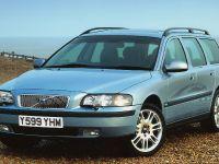 thumbnail image of Volvo V70 2001