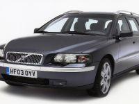 thumbnail image of Volvo V70 2003