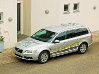 Volvo V70 Plug-in hybrid, 2 of 6
