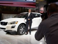 thumbnail image of Volvo XC60 Plug-in Hybrid Concept Detroit 2012
