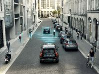Volvo XC90 City Safety, 2 of 5