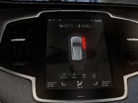Volvo XC90 Intellisafe Solutions, 1 of 4