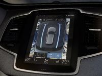 thumbnail image of Volvo XC90 Intellisafe Solutions