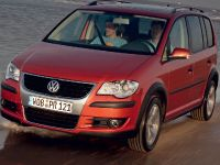 Volkswagen CrossTouran, 2 of 3
