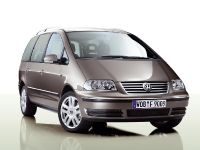 Volkswagen Sharan Freestyle, 1 of 3